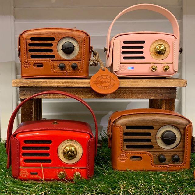 Portable smart speakers ⚡️ • • • #radio #bluetooth #speakers #portable #ontheroad #music #kawaii #muzen1964
