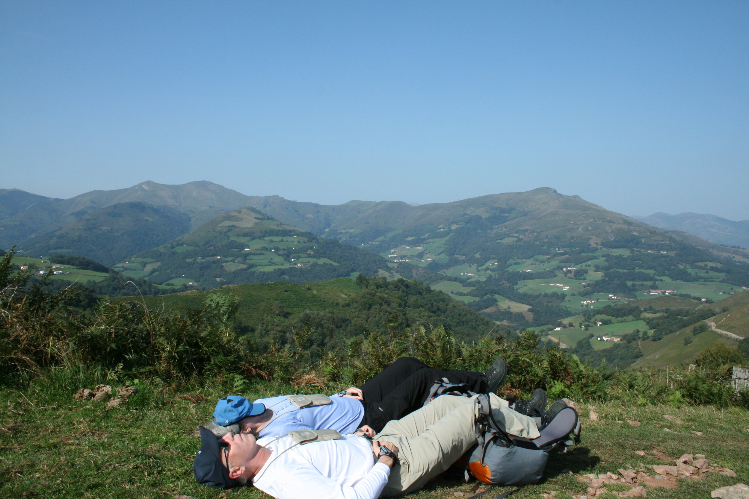 Taking a break going over the Pyrenees was good advice for these two weary pilgrims.