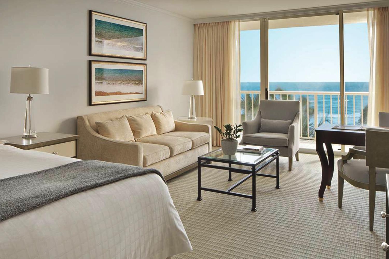 Four Seasons Hotel Custom Guest Room Carpet