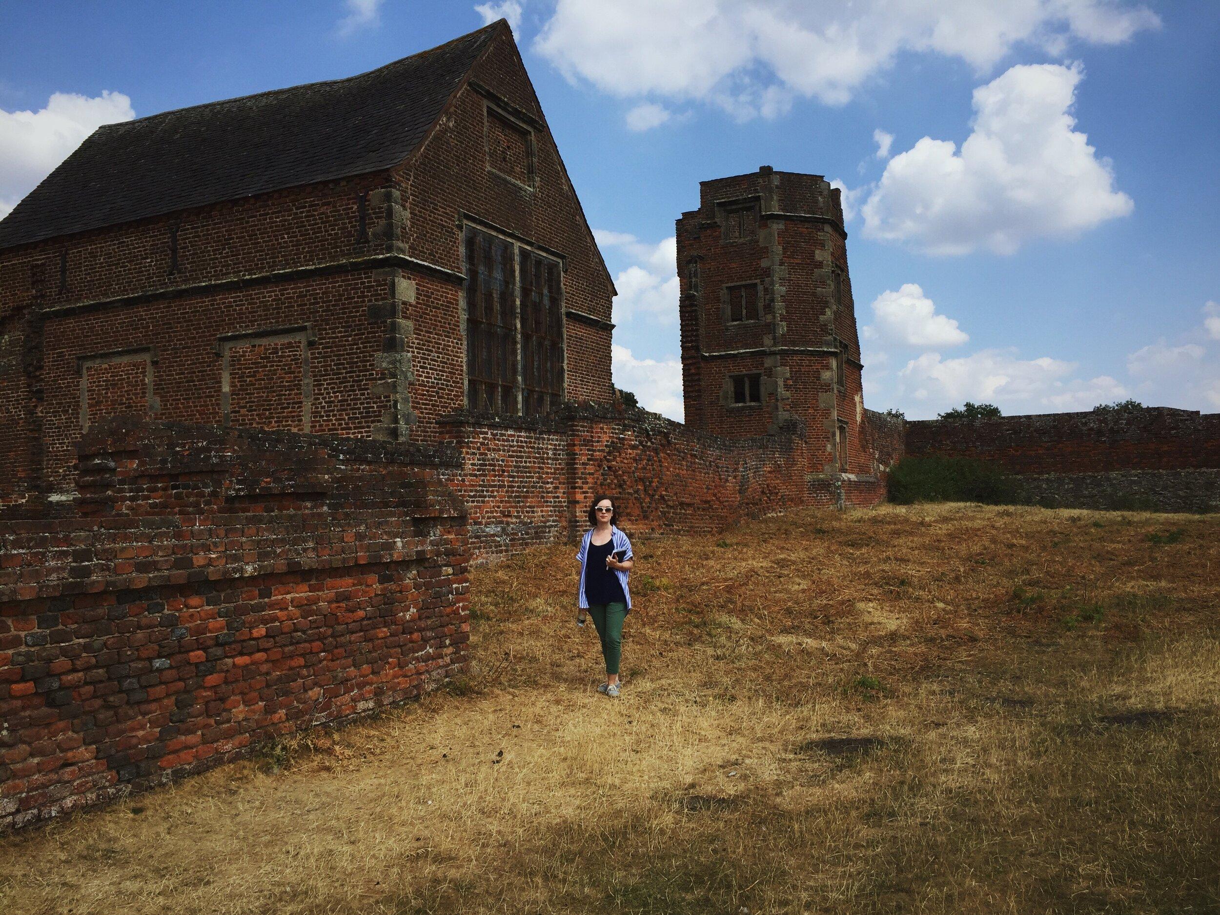 Outside chapel view - East Midlands, Bradford Park