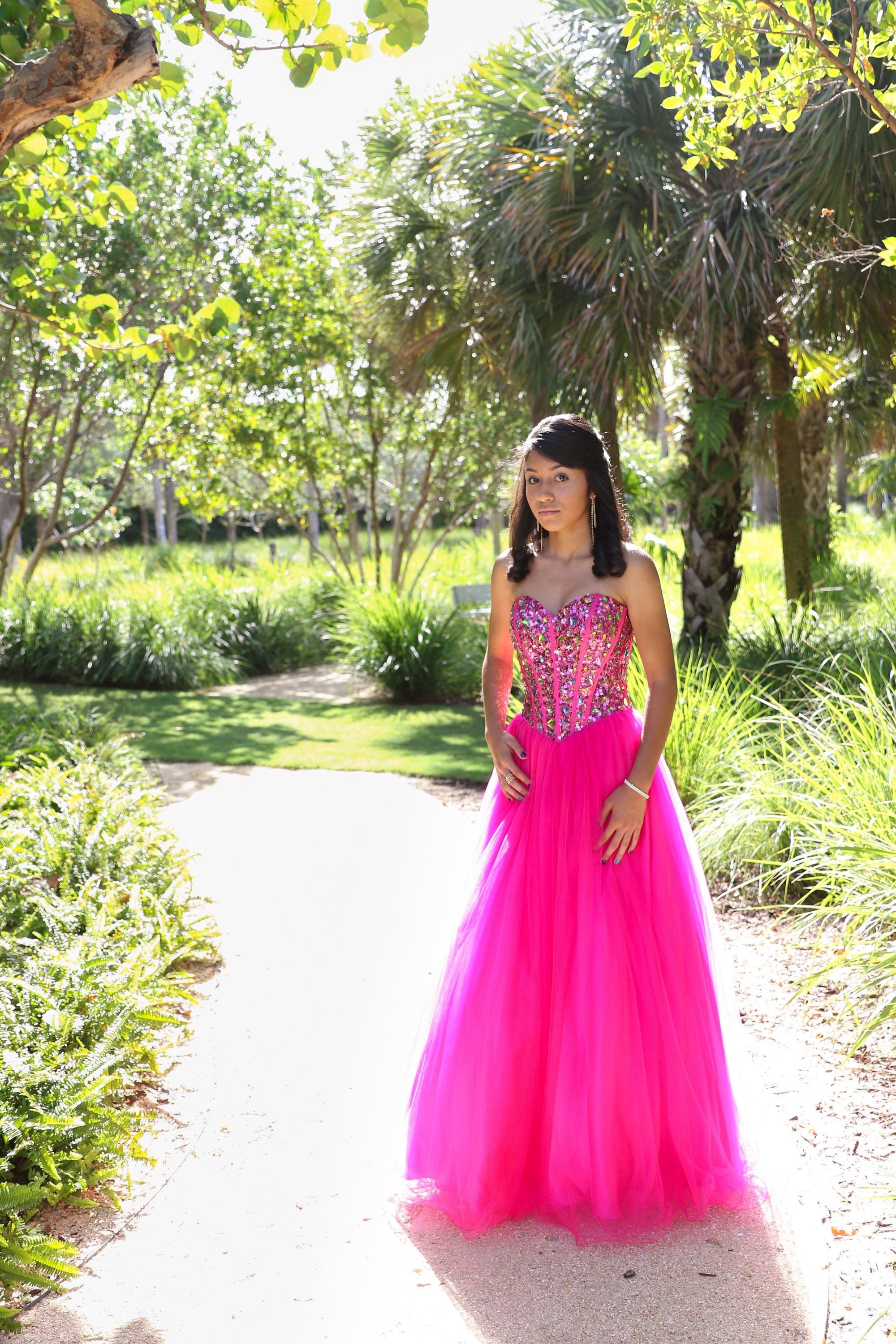 Fun meets Lovely | Miami Beach Quinceanera Session | Nicole Wallace Photography