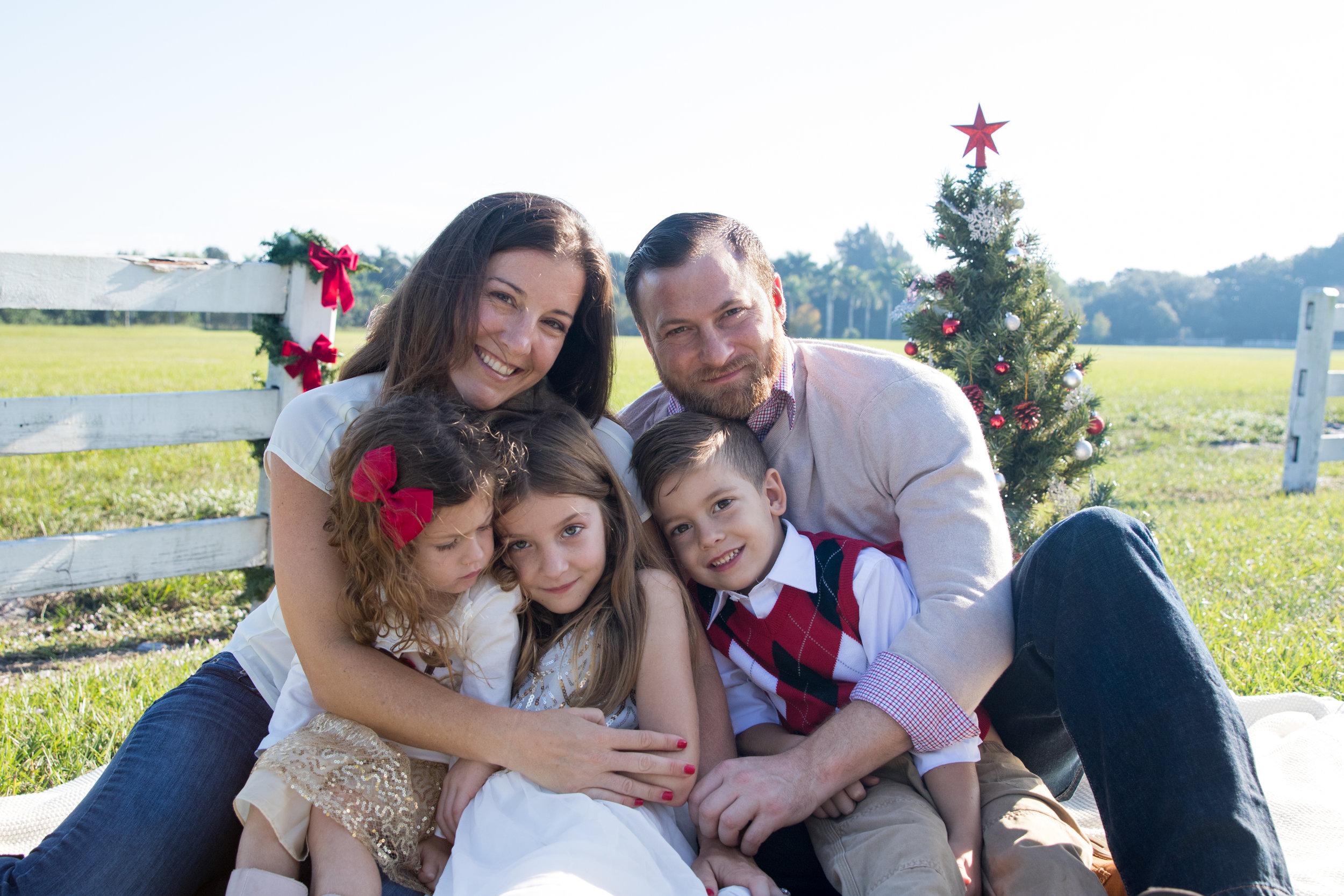 11-19-16_MorrisonFamily_Christmas-36.jpg