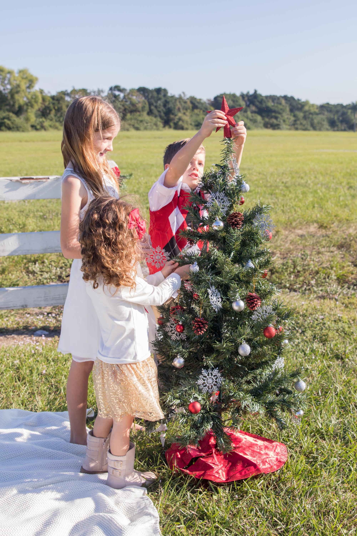 11-19-16_MorrisonFamily_Christmas-70.jpg