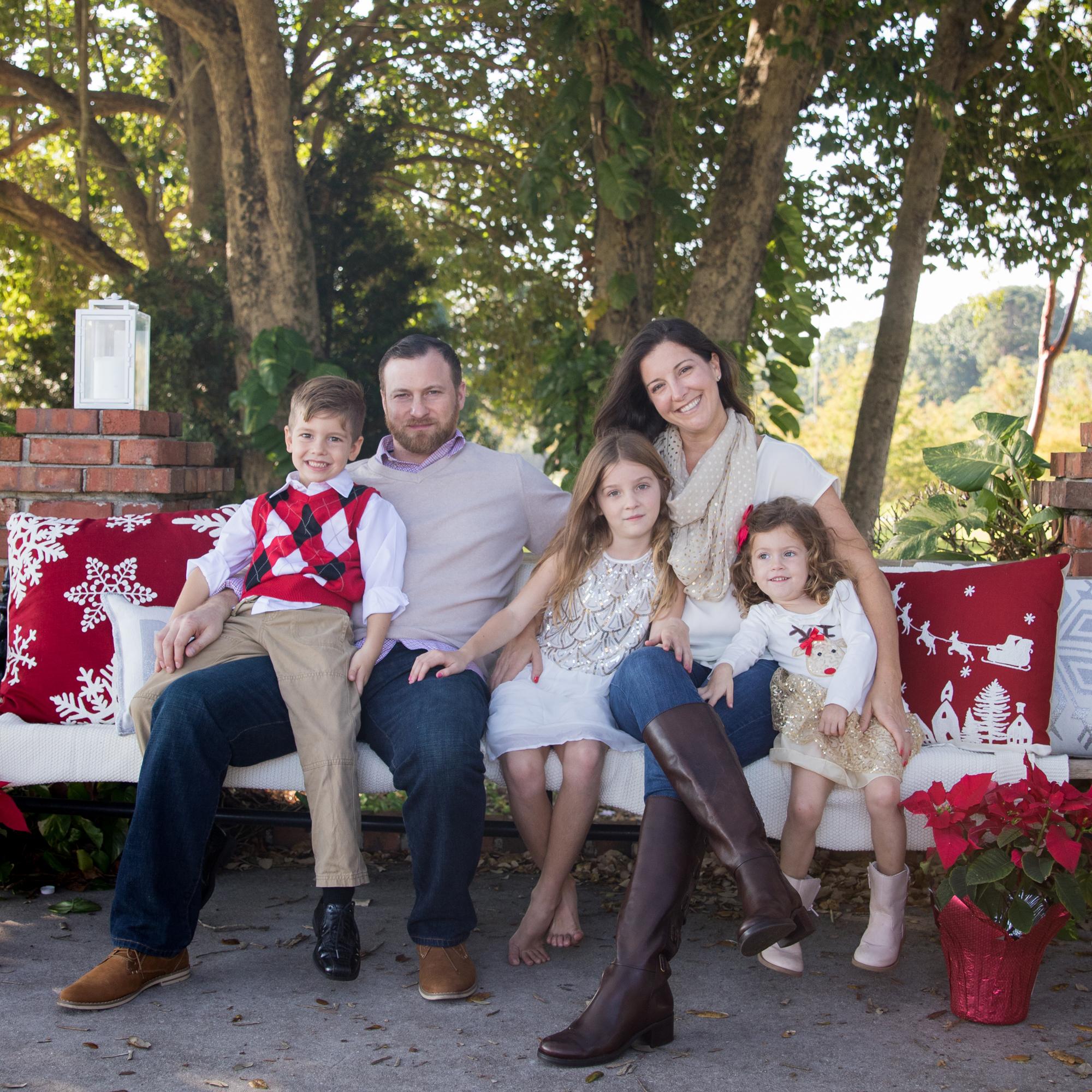 11-19-16_MorrisonFamily_Christmas-120_3.jpg