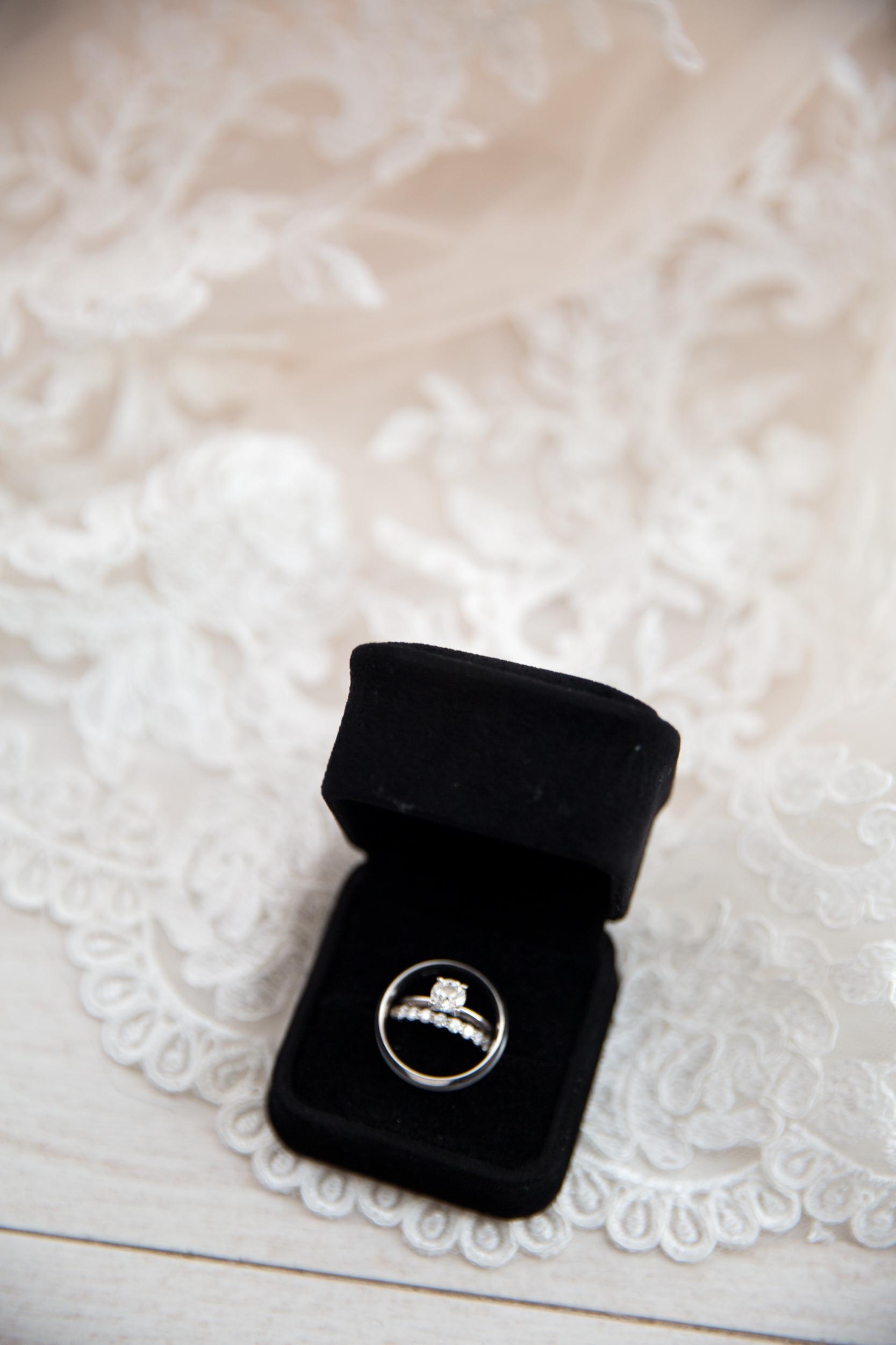 10-14-17_AshleyRichard_Wedding-6.jpg