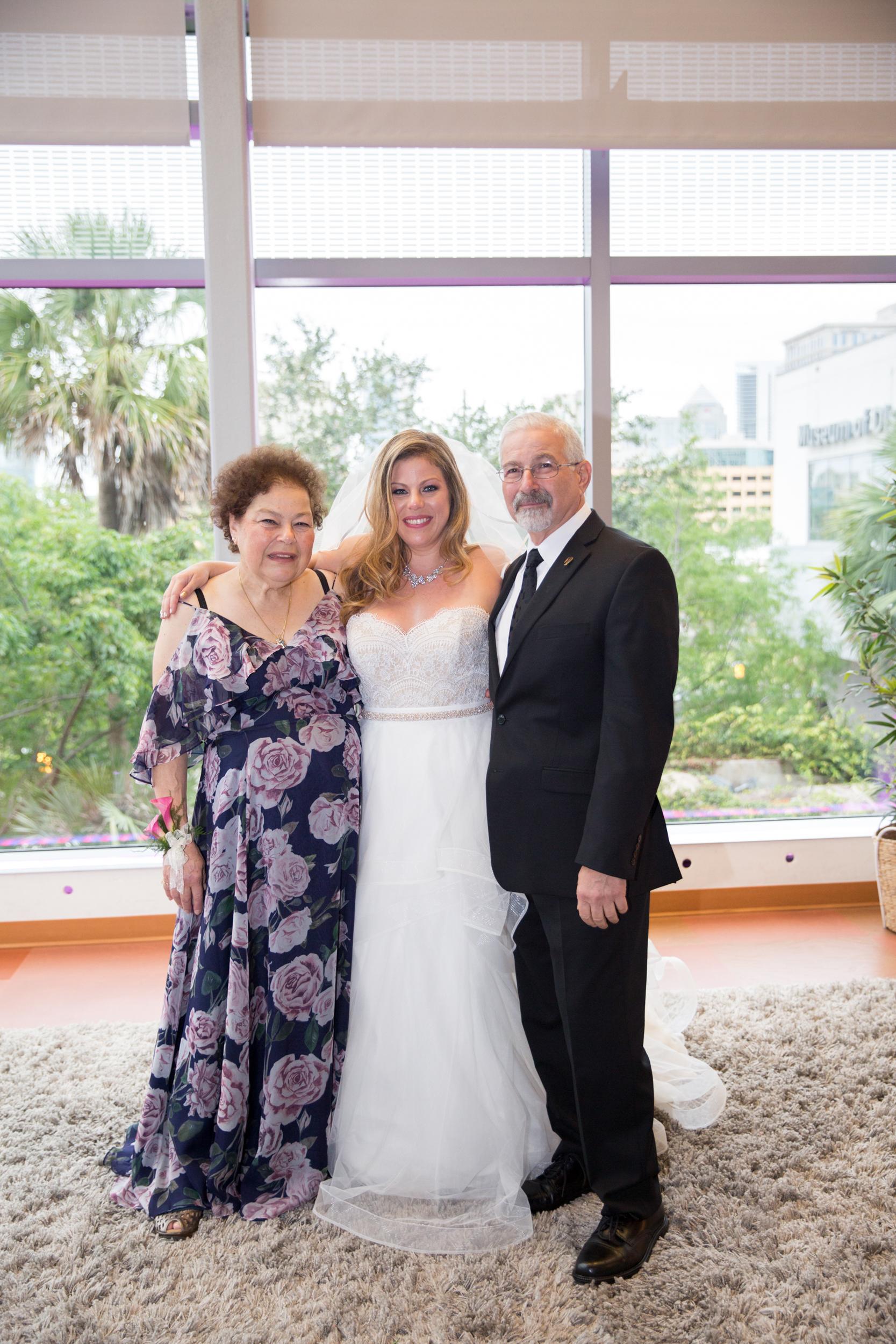 WEB_6-18-17_MindyChris_Wedding-368.jpg