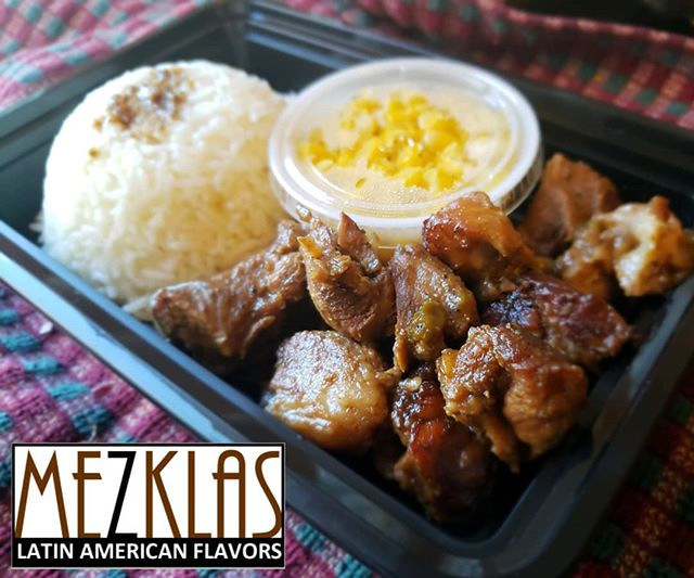 This Friday we're going to be making Oven roasted pork with sweet corn and rice. Let me know if you want some.  #eatmezklas #eatbetter #realfood #mezklascatering #latinfood #latinflavors #yummy #tasty #foodie #vallejofoodie #vallejo #sfbayarea #ovenroastedpork #pork #delicious