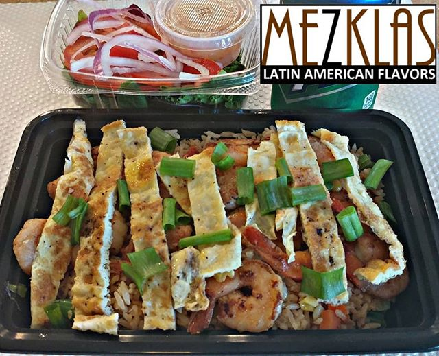 Arroz Chaufa Peruvian style fried rice with Chicken or Shrimp or Tofu. Available tomorrow Wednesday 6/5  #eatmezklas #eatbetter #realfood #mezklascatering #latinfood #latinflavors #yummy #tasty #foodie #vallejofoodie #vallejo #sfbayarea #solanocounty #eat #latincuisine #comida #lunch #arrozchaufa #friedrice #foodlover #catering #event #party