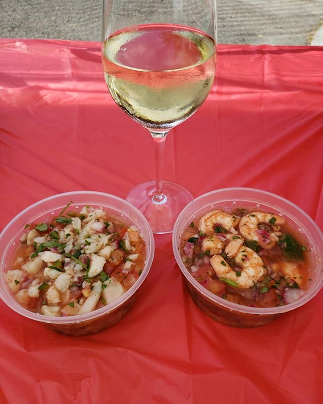 Getting ready for Karaoke night at Vino Godfather!  Shrimp ceviche or Cauliflower ceviche? Either with a glass of wine!  #eatmezklas #eatbetter #realfood #mezklascatering #latinfood #latinflavors #shrimpceviche #shrimp #cauliflowerceviche #vegetarian #veganrecipes #healthyfood #health #hungry #healthylifestyle #delicious #yummy #tasty #foodie #vallejofoodie #vallejo #vinogodfather #wine #winery #vegan #mariscos