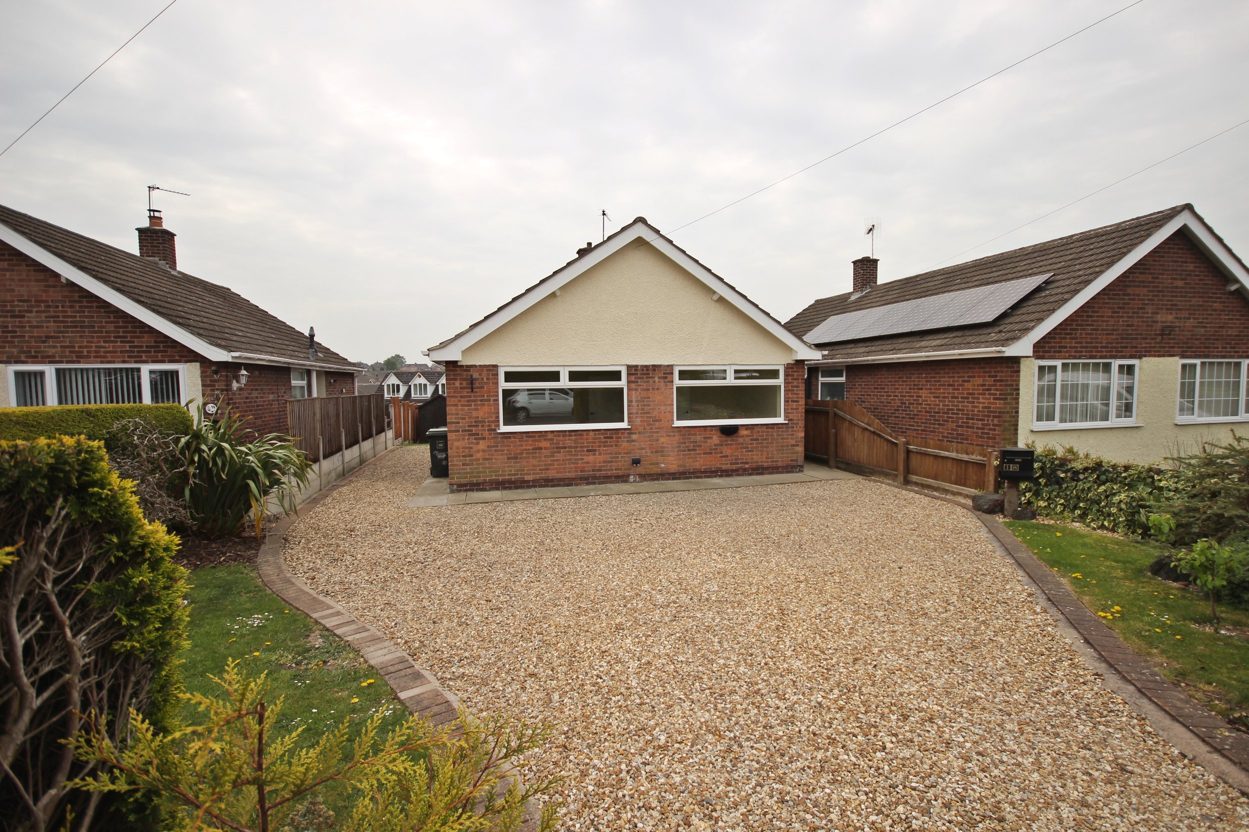 IT'S GONE! £575pcm St John's Close, Brinsley, Notts, NG16 5BH - A lovely home, recently redecorated throughout! Offering spacious rooms and a private rear garden topped with driveway parking located in a peaceful area, this property is not to be missed! EPC rating D.