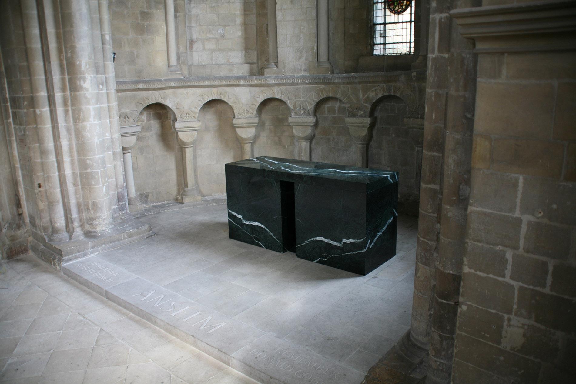 St Anselm's Altar 2010 024.jpg