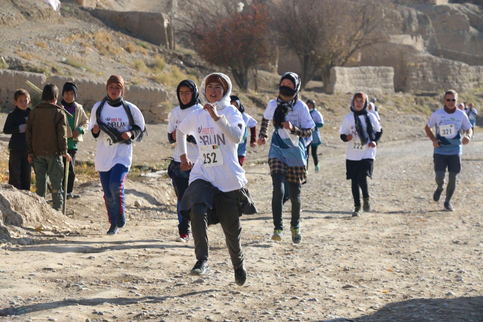 F2R - Bamiyan Marathon Nov 2016 photo 9.jpg