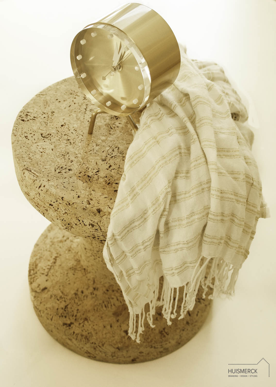 Vitra Cork & Vitra Tripod Clock  (shawl:eigen bezit)