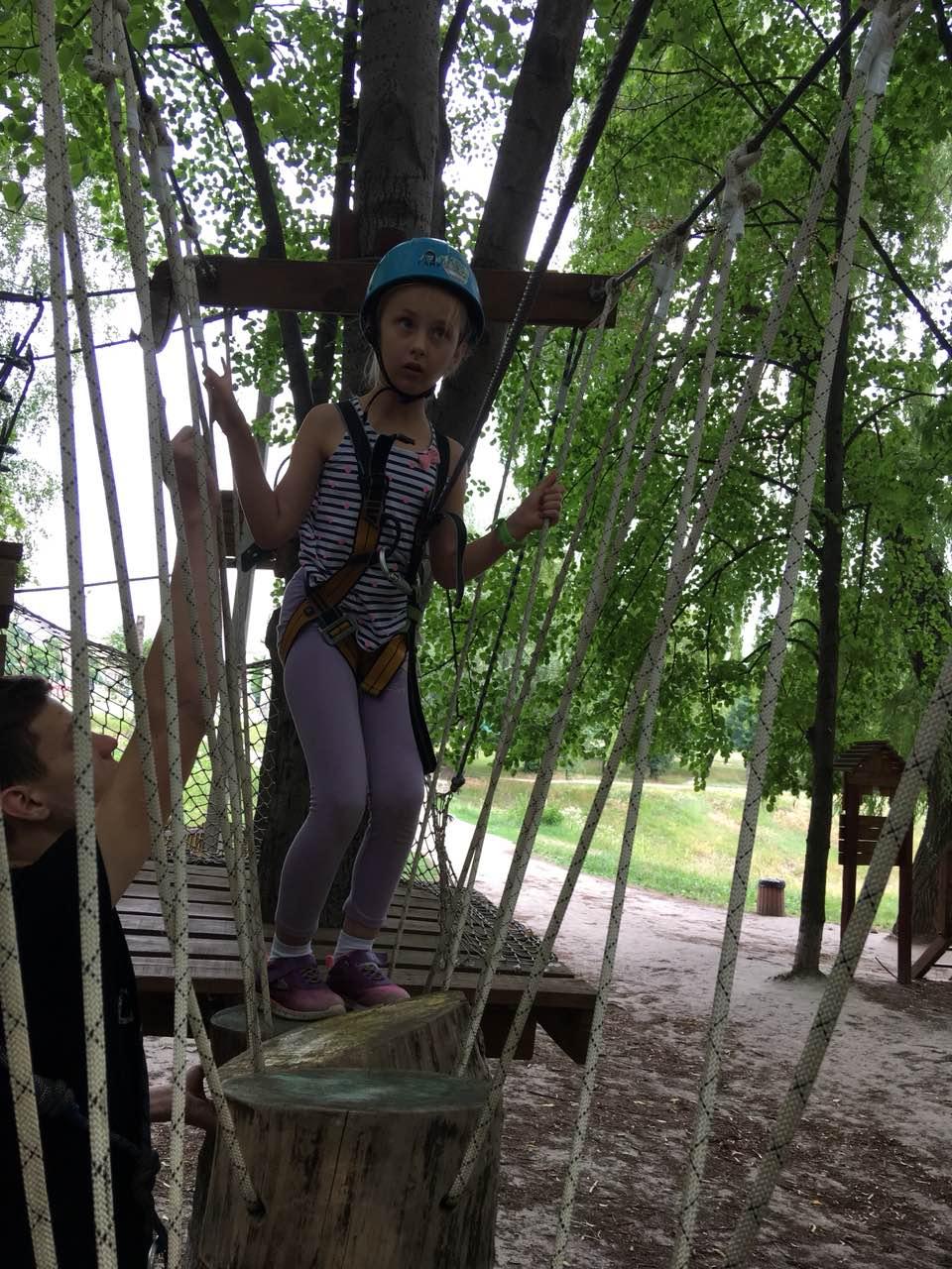 6 школа леді мотузковий парк.jpg