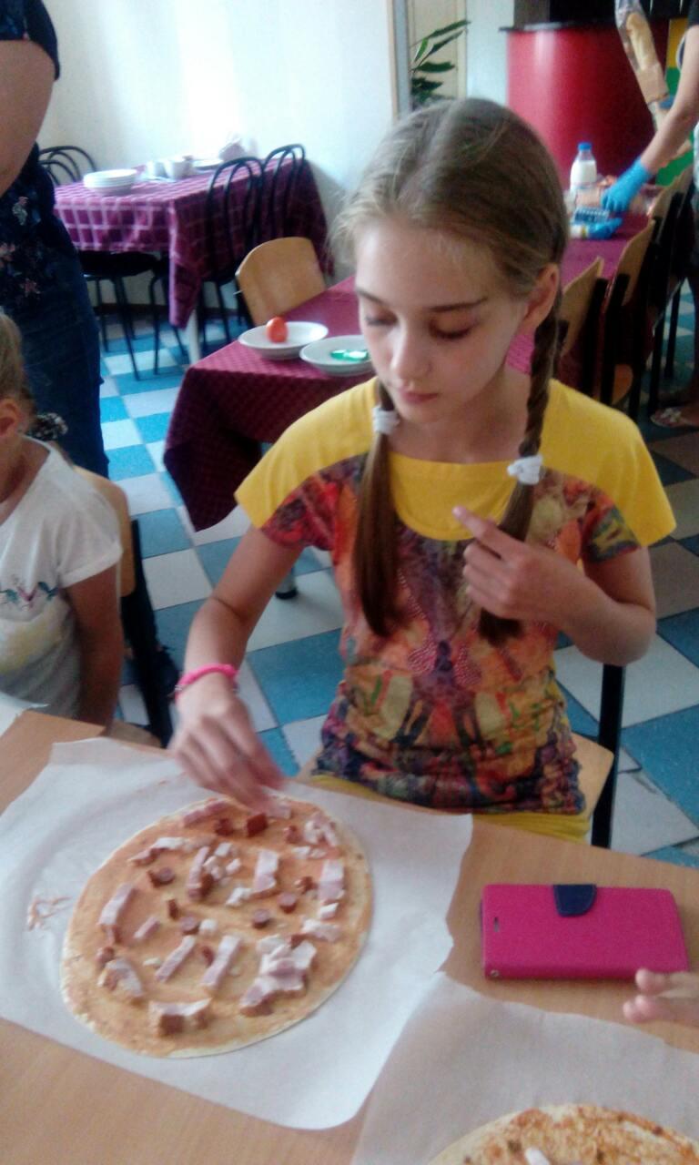 10 школа Леді Майстер-клас Піца.jpg