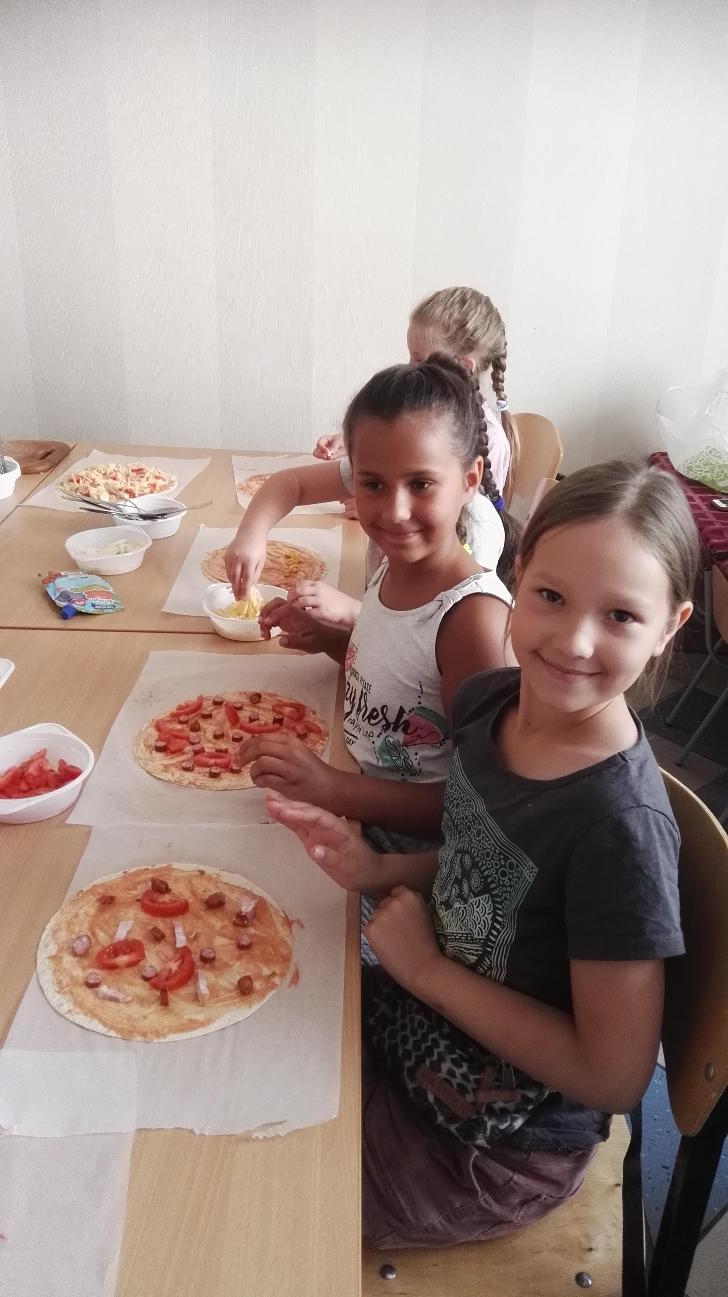 4 школа Леді Майстер-клас Піца.jpg