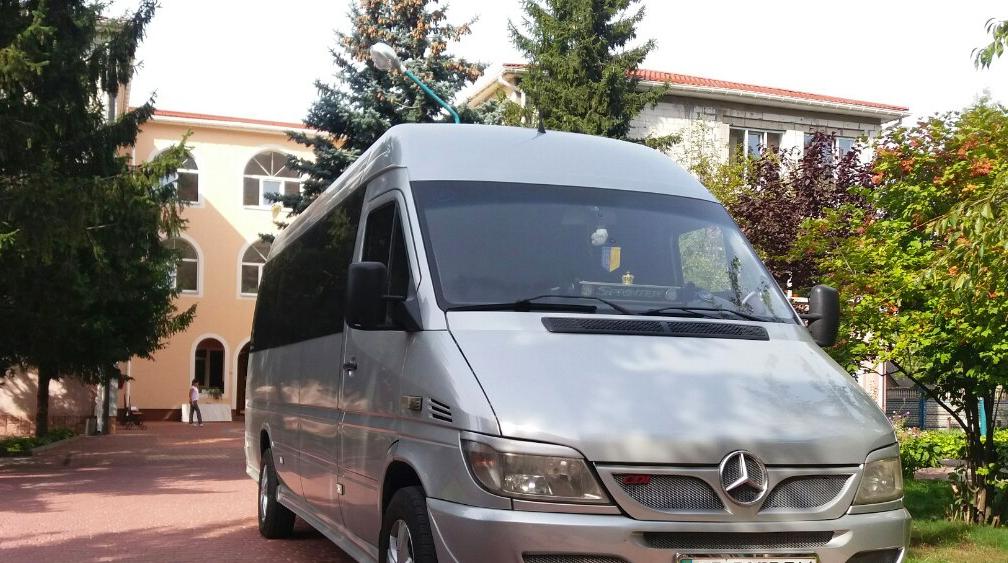 Шкільний автобус -