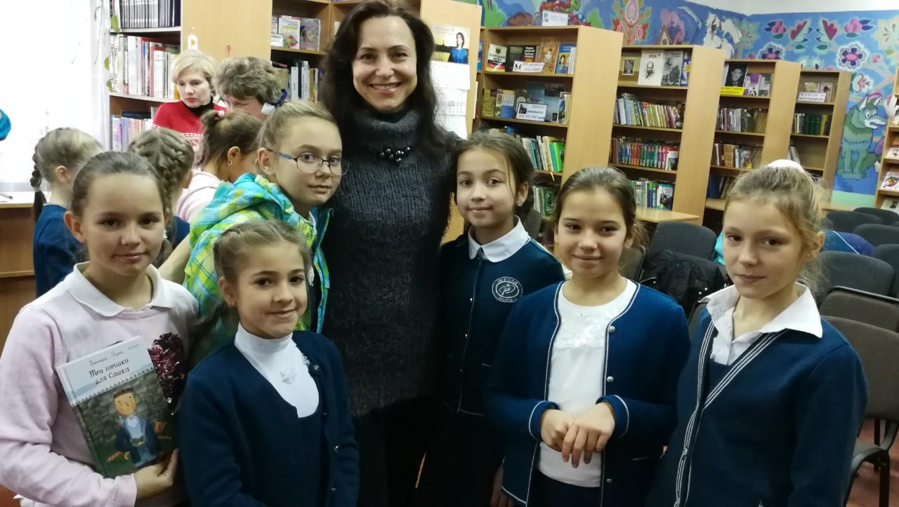 3.Школа Леді_зустріч з письменниками сучасності.jpg