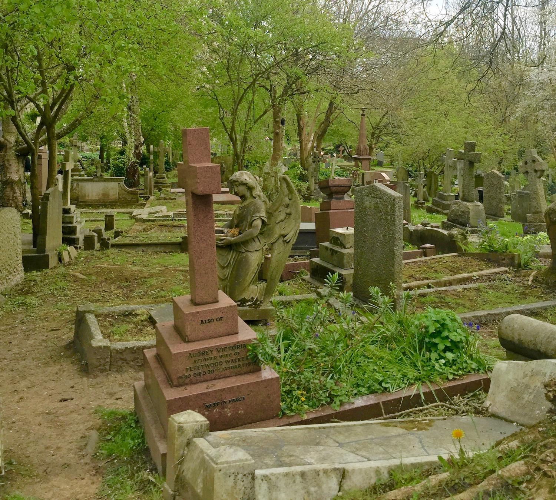 Haunting Highgate Cemetery. London