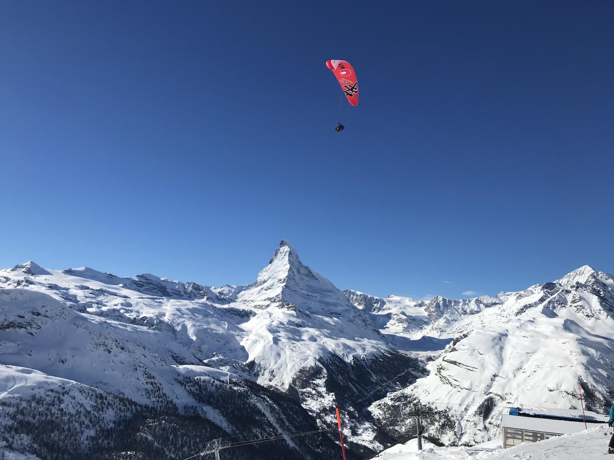 Para-sailing in Zermatt.jpg