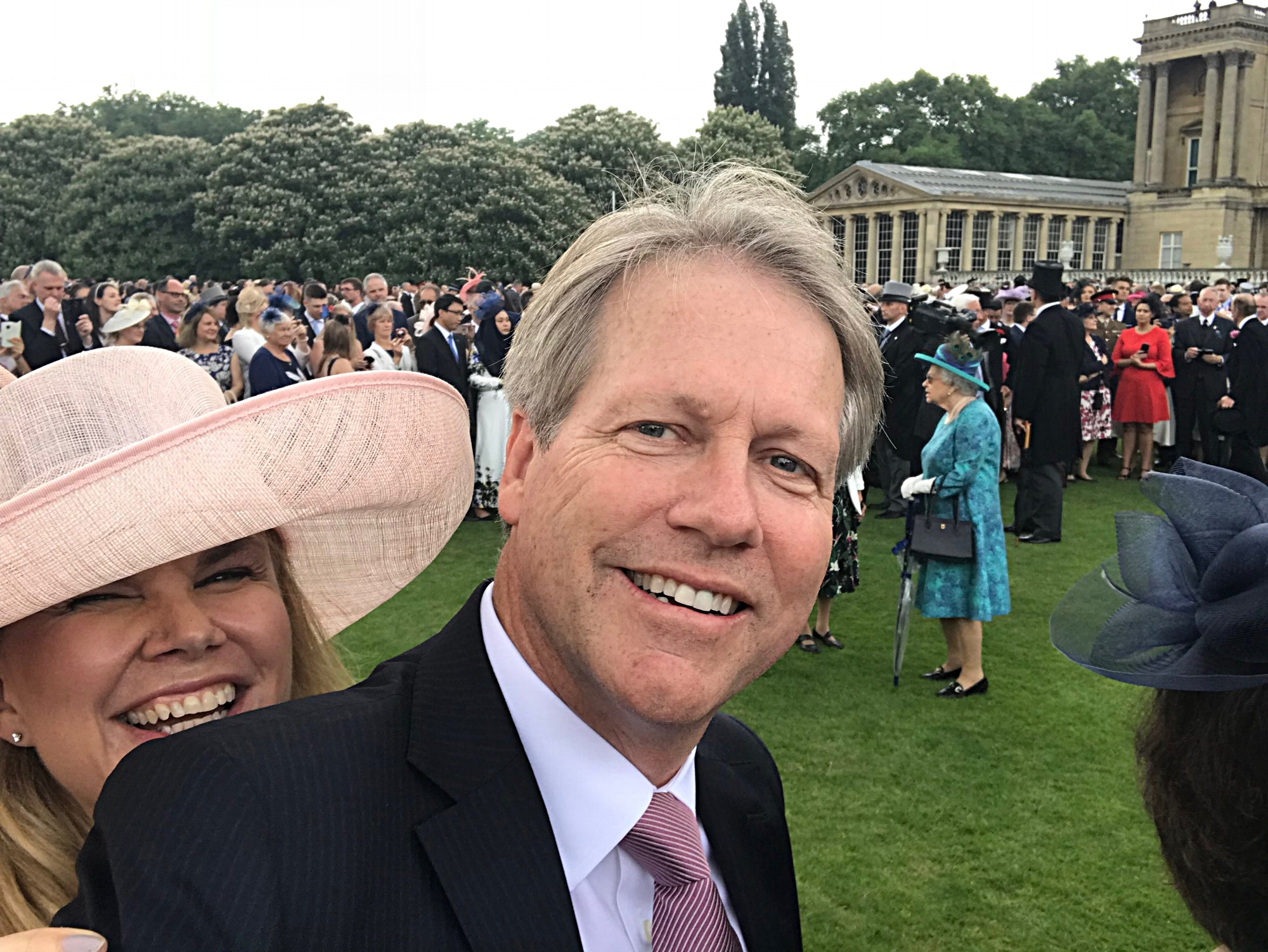 A Broad in London Taking Selfie with the Queen