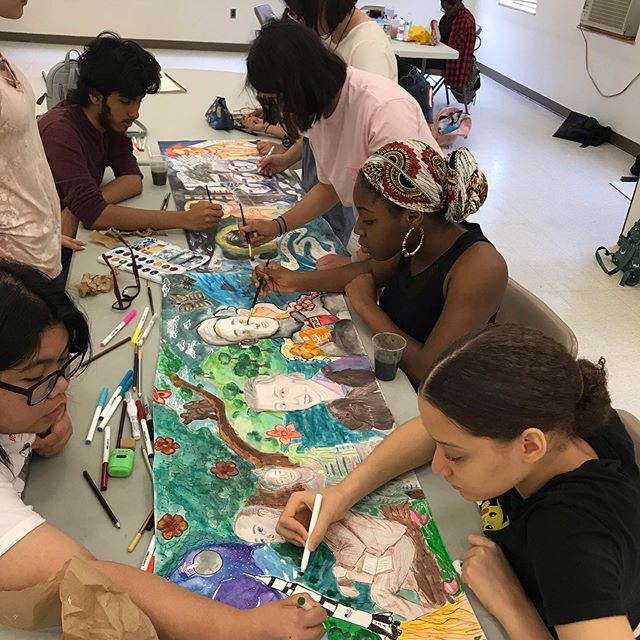 Collaborating on art fosters connection, helps develop communication skills, and strengthens creative problem solving. Plus-its a whole lot of fun! . . #arttherapy #artheals #healingarts #makeartwithkids #photographyforkids #murals #muralpainting #communitymurals #collaborativearts  #volunteer #nonprofit #giveback #theraputicarts #theraputicphotography #stopsexualassault  #stophumantrafficking #saynotohumantrafficking #stopsextrafficking #hope #selfexpression #expression #freedom #love