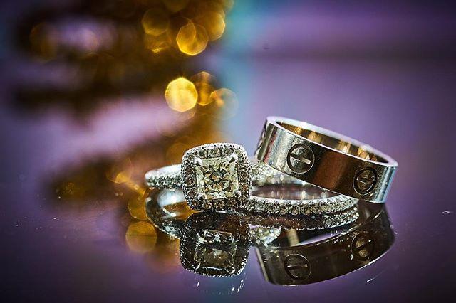 Diamonds are forever. 💍 : : #diamonds #diamondring #diamondsareforever #cartier #weddingring #wedding #ido #married #macro #macrophotography #pandanggophotography #pandanggophoto : @cartier