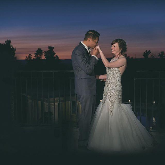 Love and romance under the night sky at the sweetest place on earth. : : #love #romance #nightsky #justmarried #hershey  #thehotelhershey #pennsylvania #sweetestplaceonearth #brideandgroom #newlyweds #wedding #weddingphotographer #weddingreception #pandanggophotography #pandanggophoto