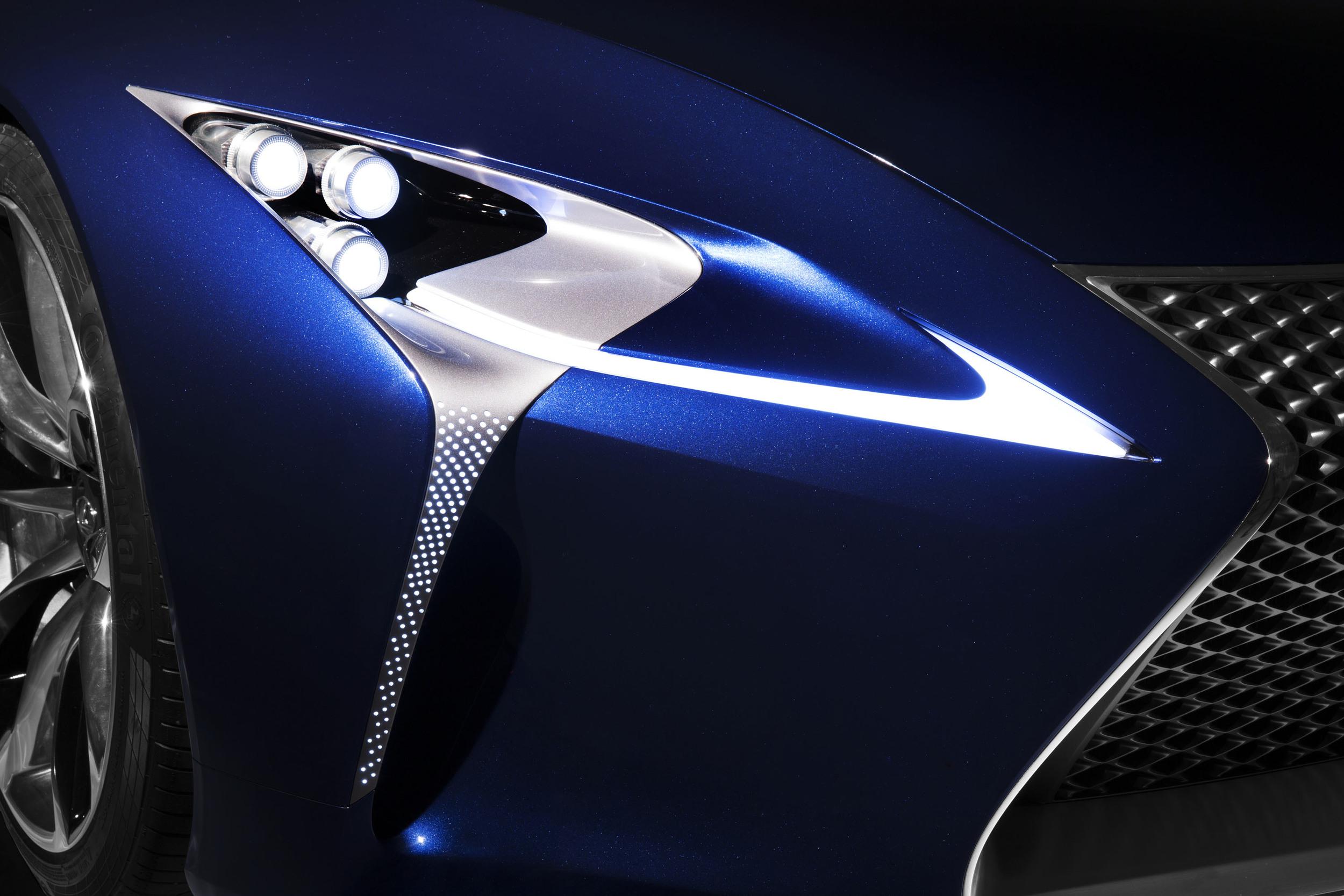 Lexus_LF_LC_Blue_011.jpg