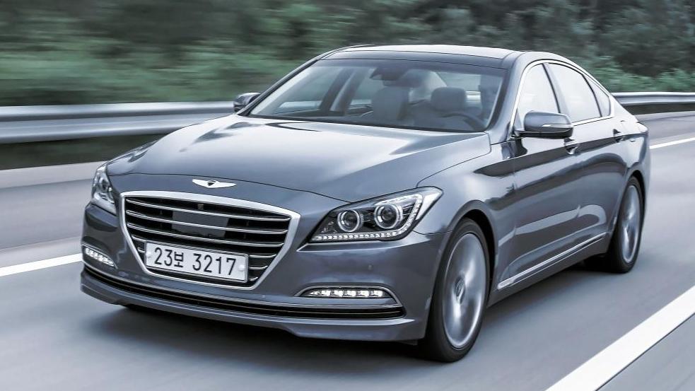 Hyundai Genesis - 002.jpg