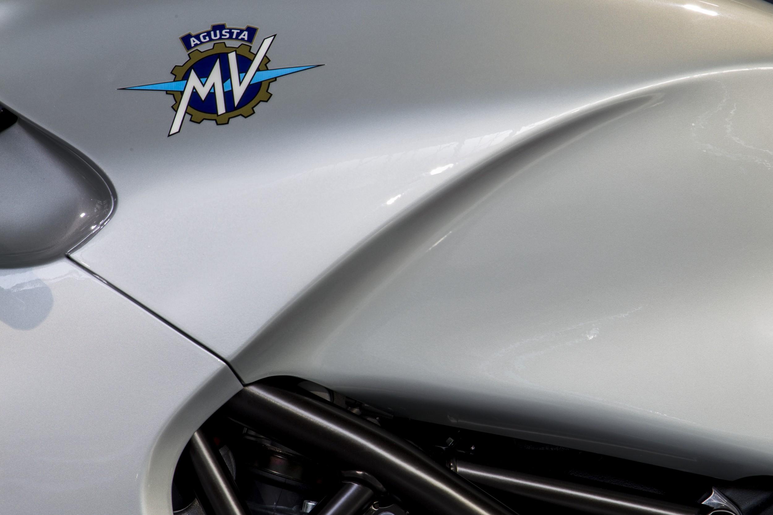 MV-Agusta-F4Z_Zagato_2016_10.jpg