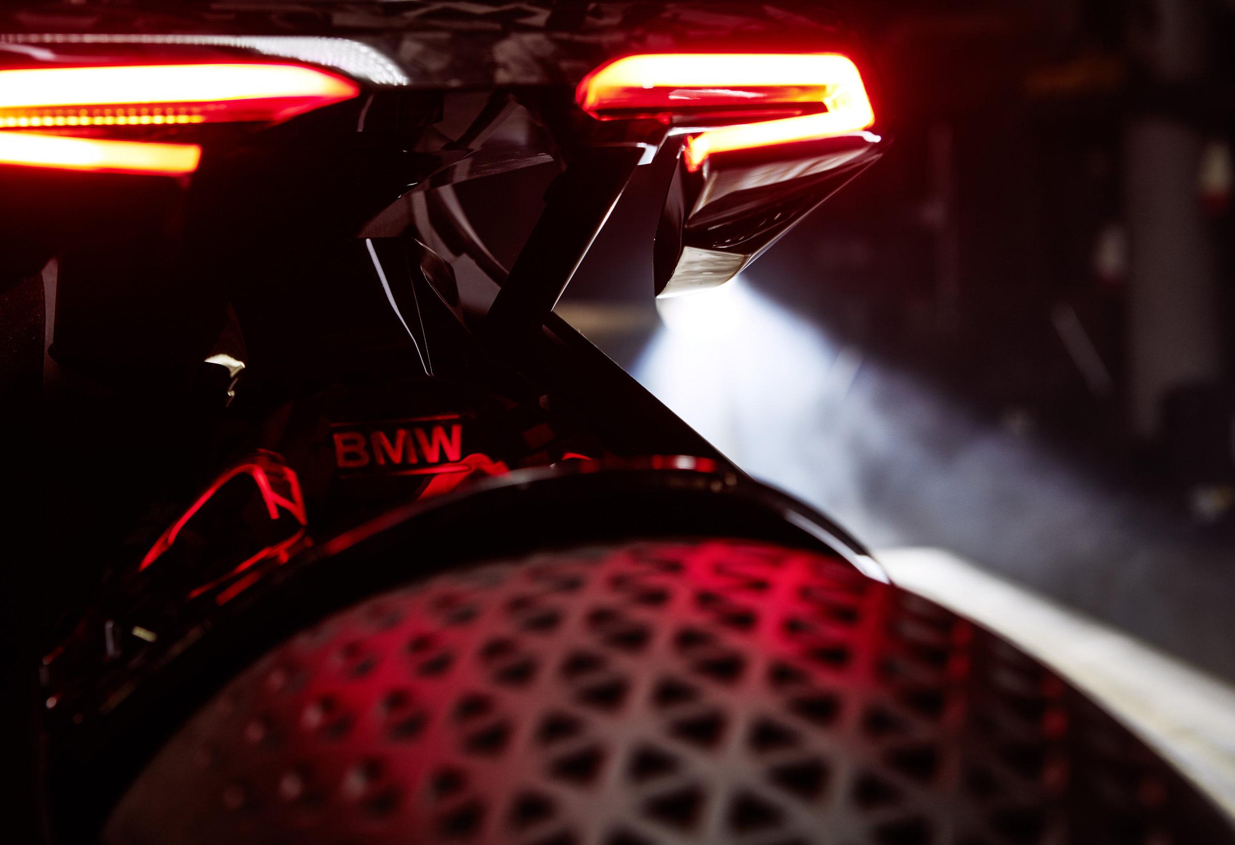 P90238709_highRes_bmw-motorrad-vision-.jpg