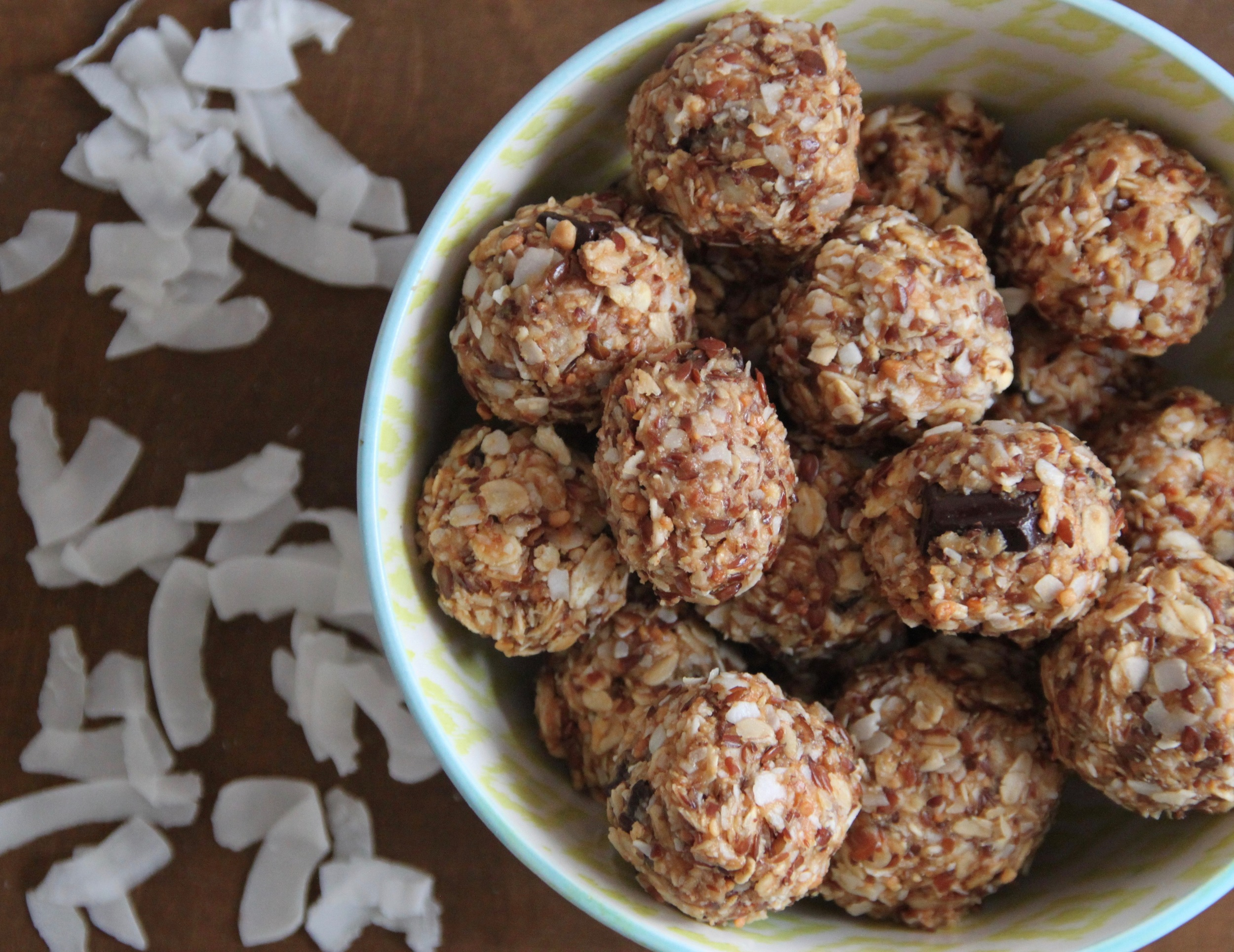 Peanut Butter Flax Energy Bites