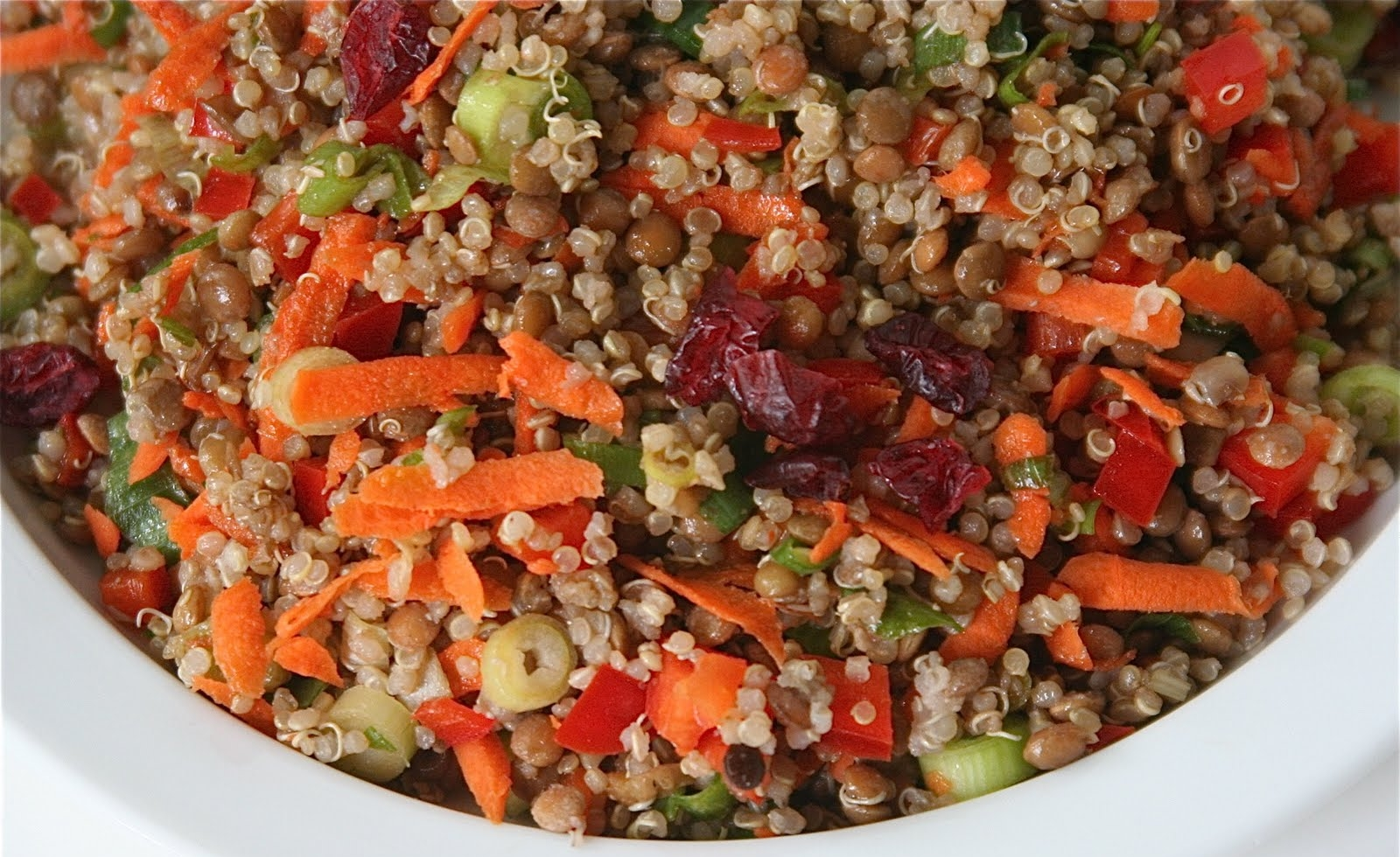 Lentejas-Salad-with-Quinoa.jpg