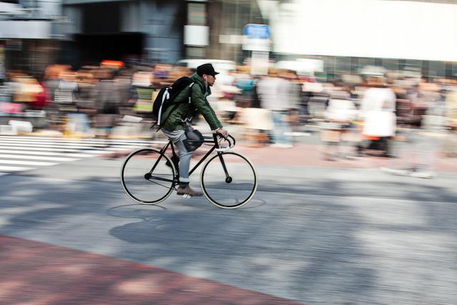 Shibuya_Crossing_Bike.jpg