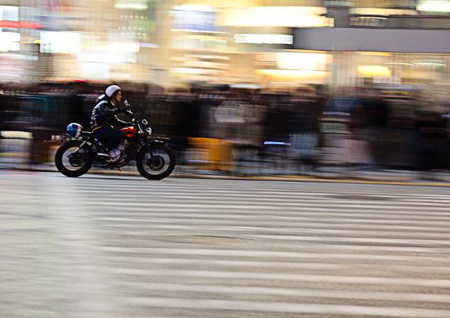 Shibuya_Crossing_Motorcycle.jpg