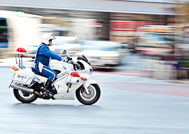 Shibuya_Motorcycle_Cop.jpg