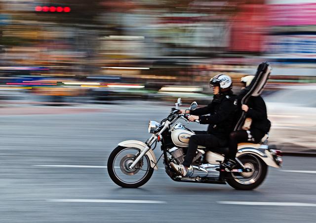 Shibuya_Motorcycle_with_guitar.jpg