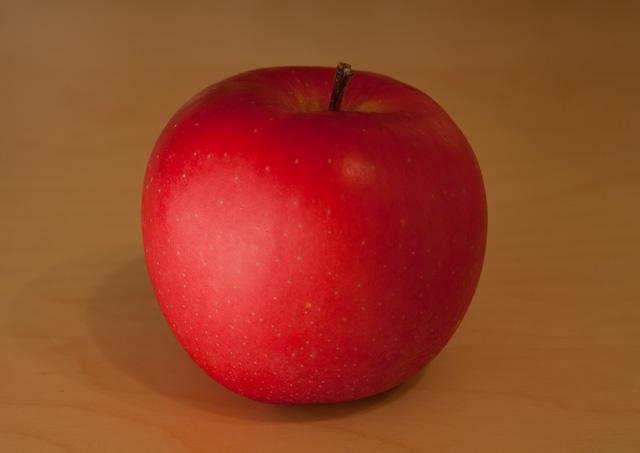 Apple-551