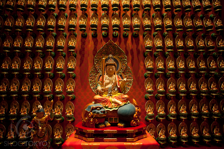 Buddha_Tooth_Relic_Temple_in_Singapore_2