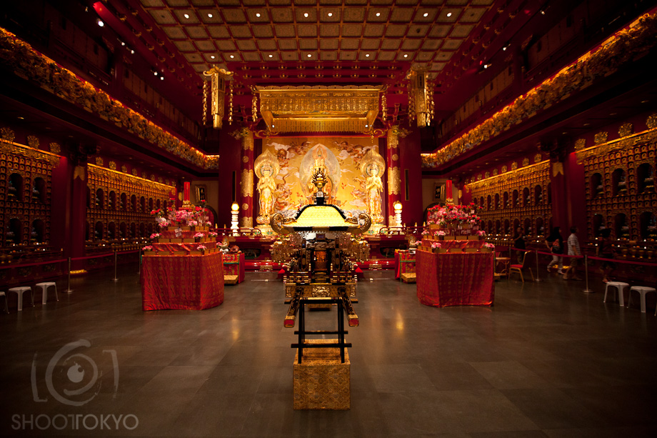 Buddha_Tooth_Relic_Temple_in_Singapore_6