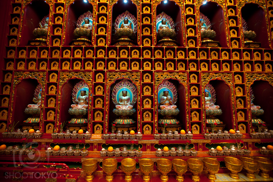 Buddha_Tooth_Relic_Temple_in_Singapore_7