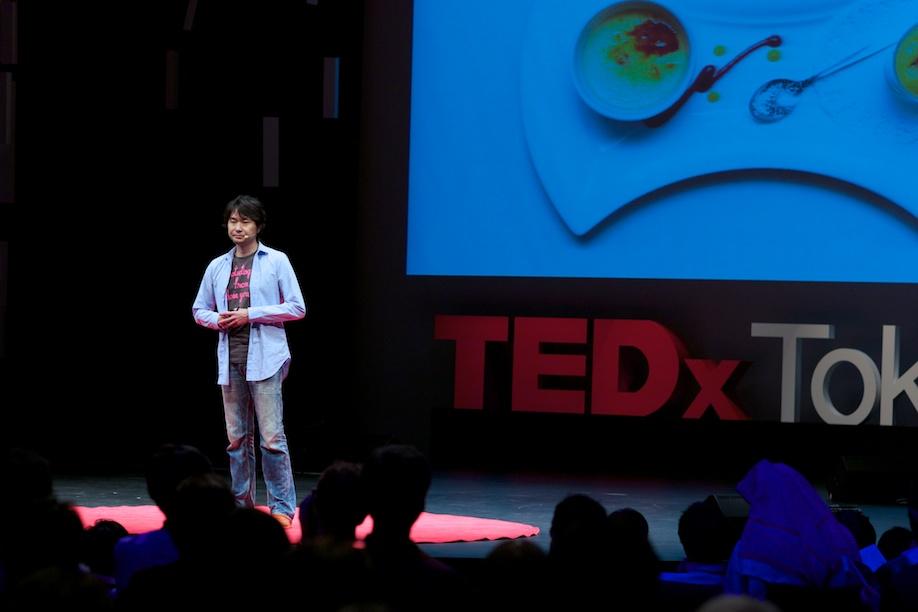 Manabu Tago speaking at TEDxTokyo 2013