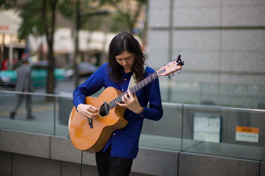 Guitar Player in Yurakucho