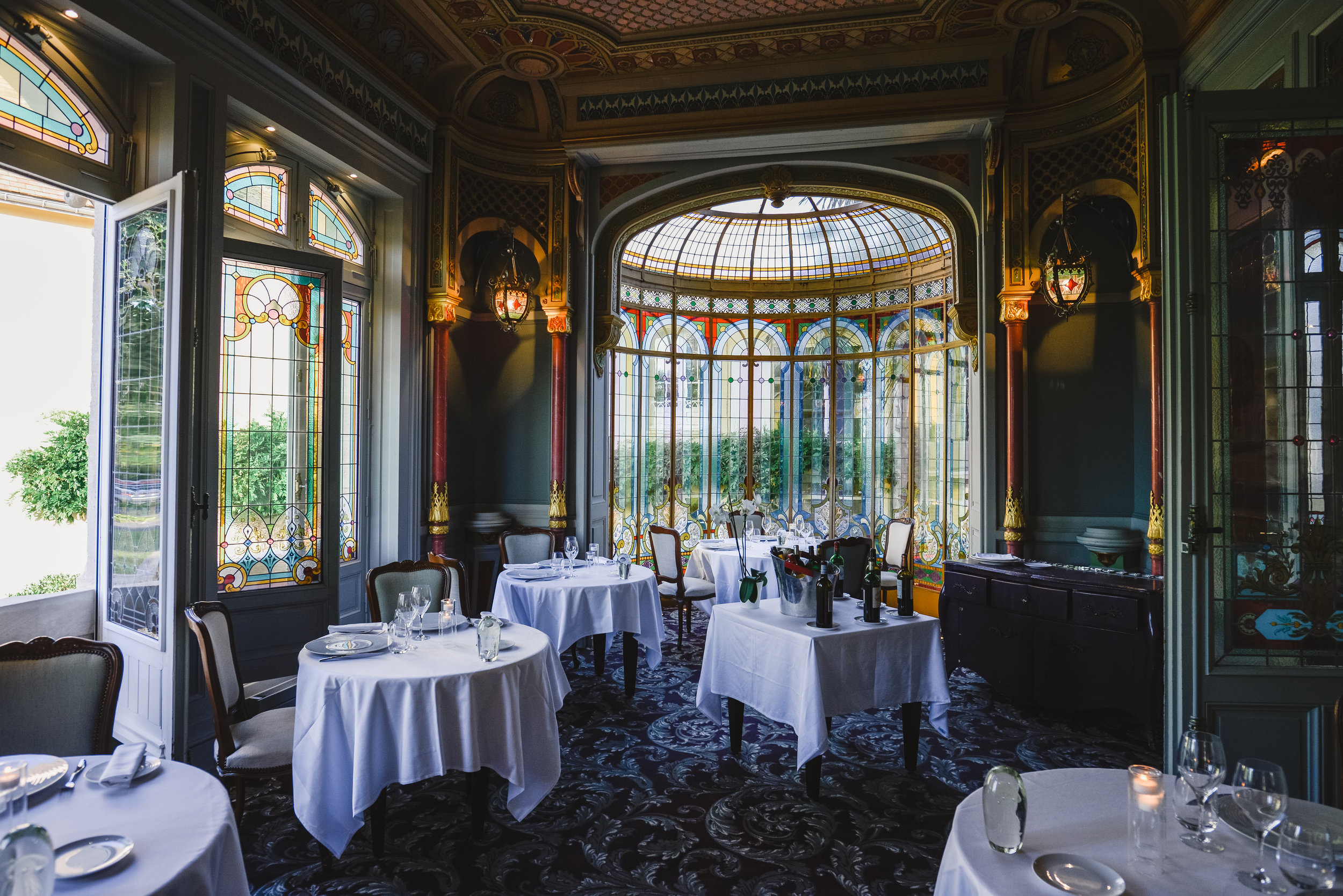 The Grand Barrail dining room