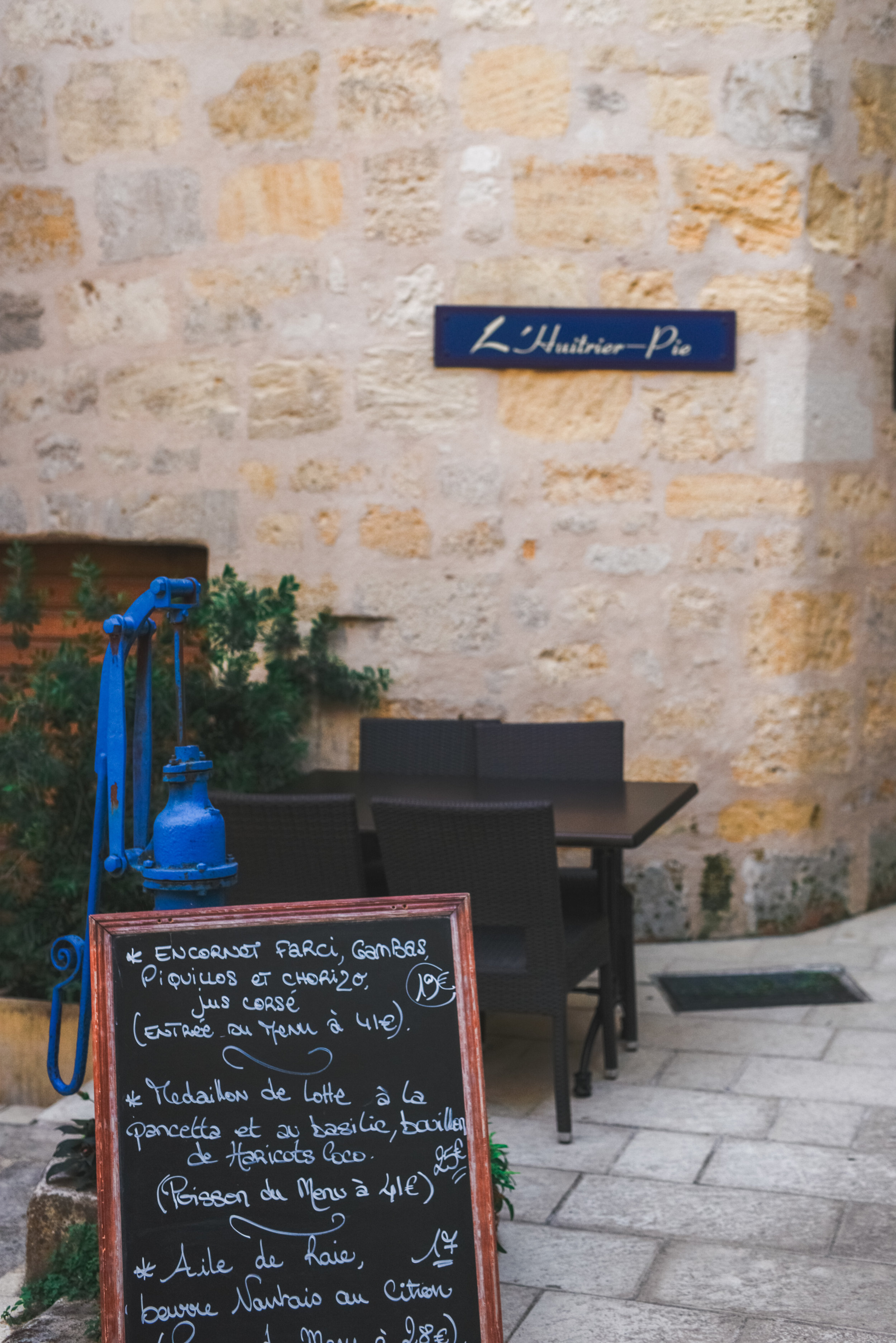 L'Huitrier Pie - A Michelin-recognized restaurant in the heart of St Emilion