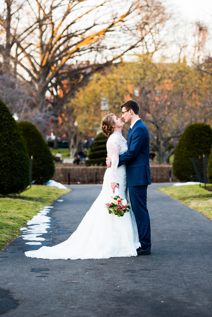 boston-wedding-photographer-boston-ma-engagement-photographer-boston-public-garden