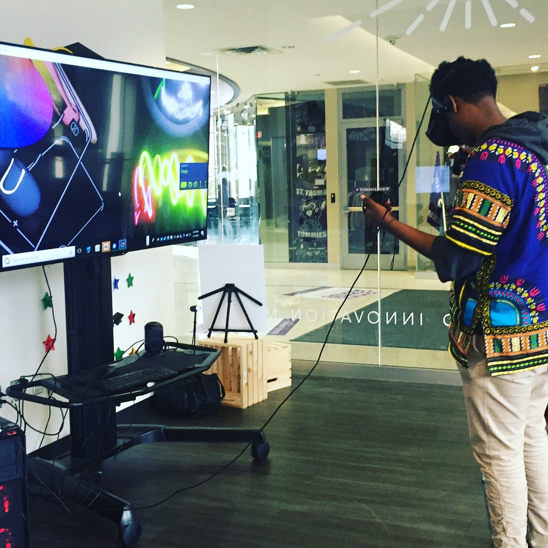 """Students draw VR Garden, and play """"I am a Tree"""" in Virtual Reality, University St. Thomas, St. Paul, MN."""