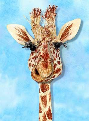 Paper_Sculpture_Giraffe_Melinda_Fabian.jpg