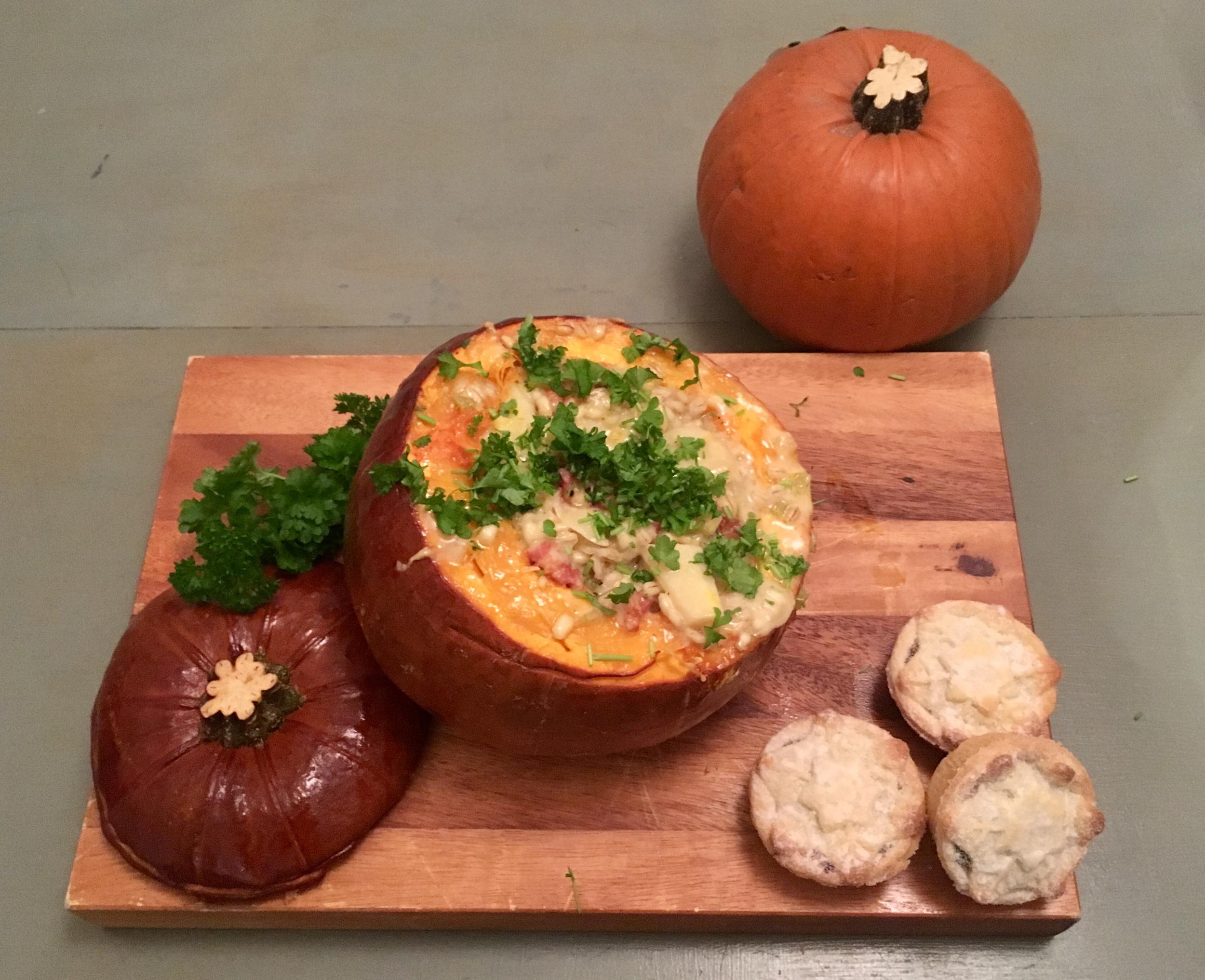 stuffed pumpkin.png